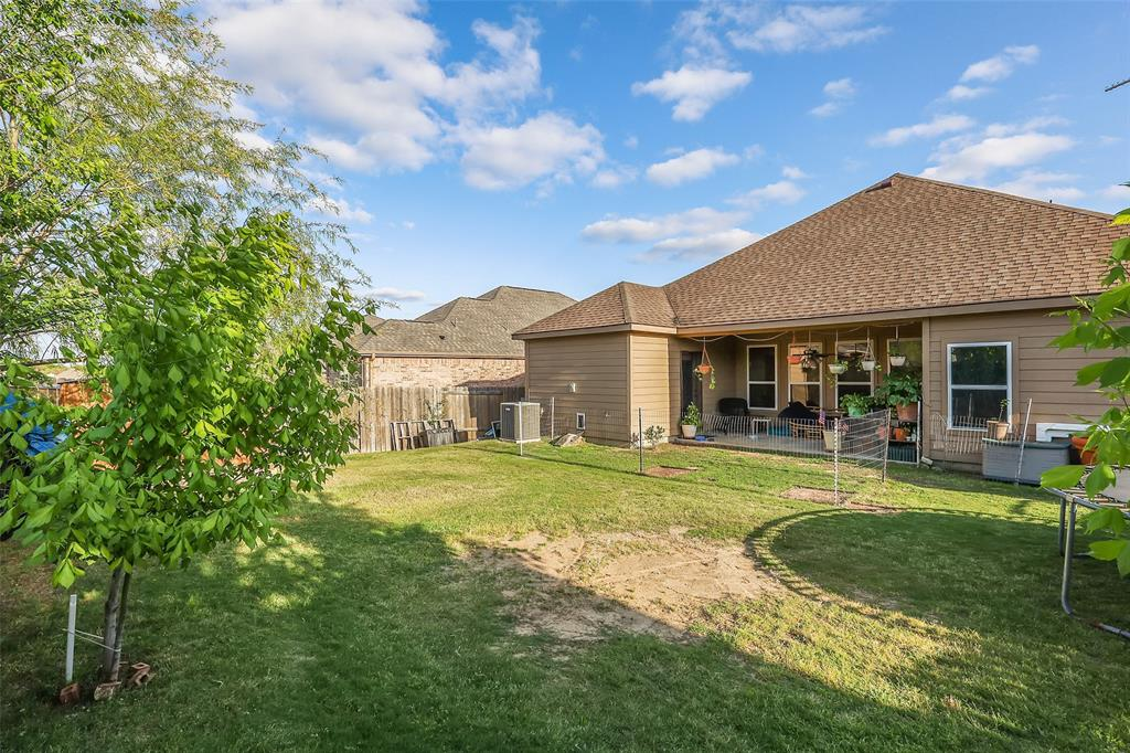 2413 Spring Meadows  Drive, Denton, Texas 76209 - acquisto real estate best real estate idx dilusso marketing mike acquisto