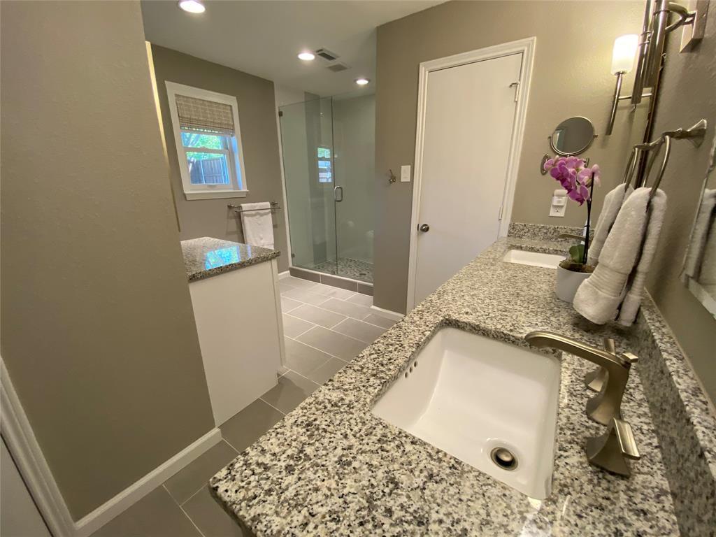 7227 Bluefield  Drive, Dallas, Texas 75248 - acquisto real estate best frisco real estate agent amy gasperini panther creek realtor