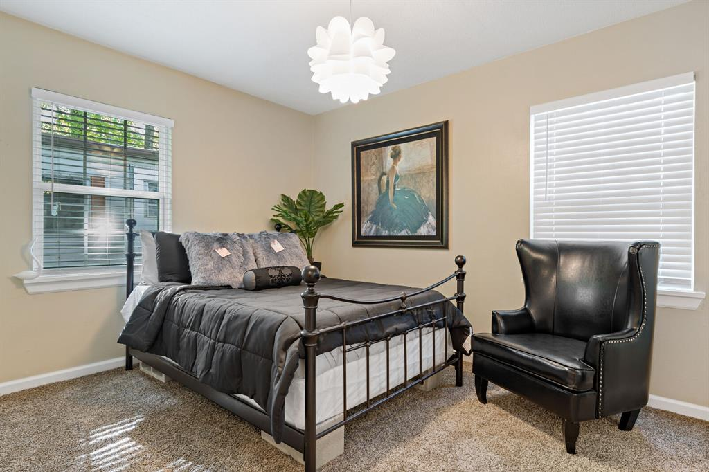 268 Crockett  Street, Lone Star, Texas 75668 - acquisto real estaet best boutique real estate firm in texas for high net worth sellers