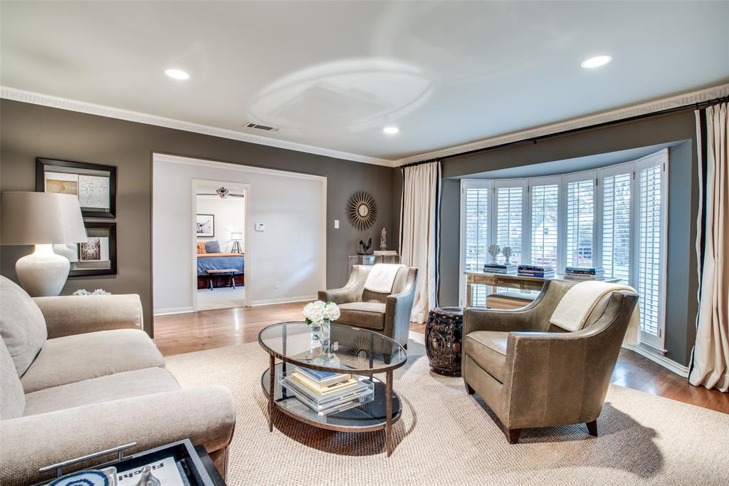 10748 Saint Lazare Drive, Dallas, Texas 75229 - acquisto real estate best real estate company in frisco texas real estate showings