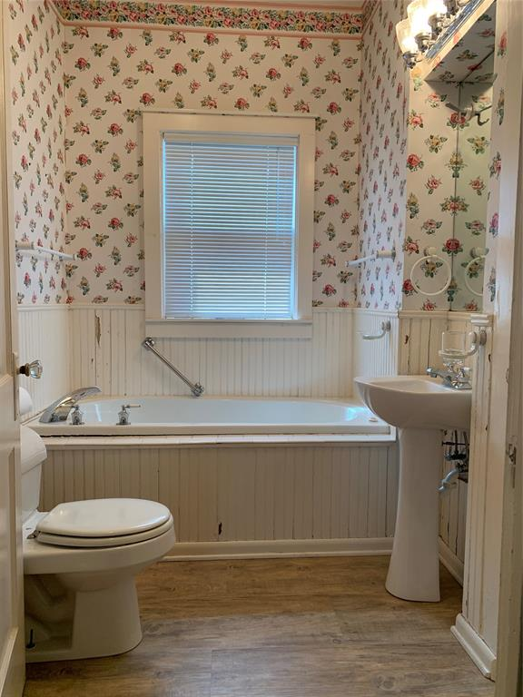 805 Virginia Street, Graham, Texas 76450 - acquisto real estate best new home sales realtor linda miller executor real estate