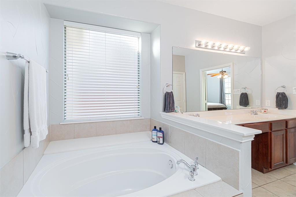 1808 Sundown  Lane, Allen, Texas 75002 - acquisto real estate best investor home specialist mike shepherd relocation expert