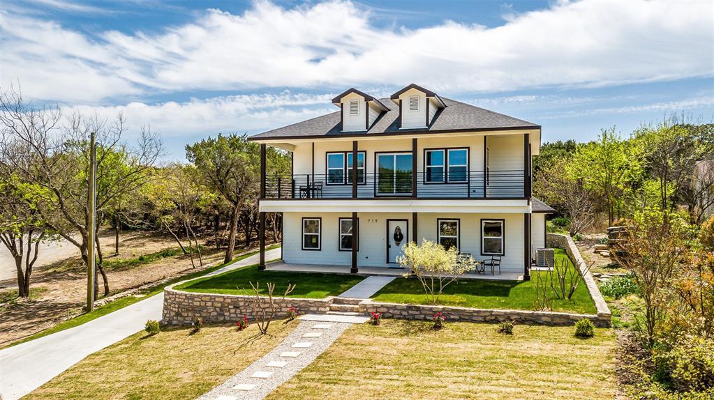 719 Rock Harbor Court, Granbury, Texas 76048 -