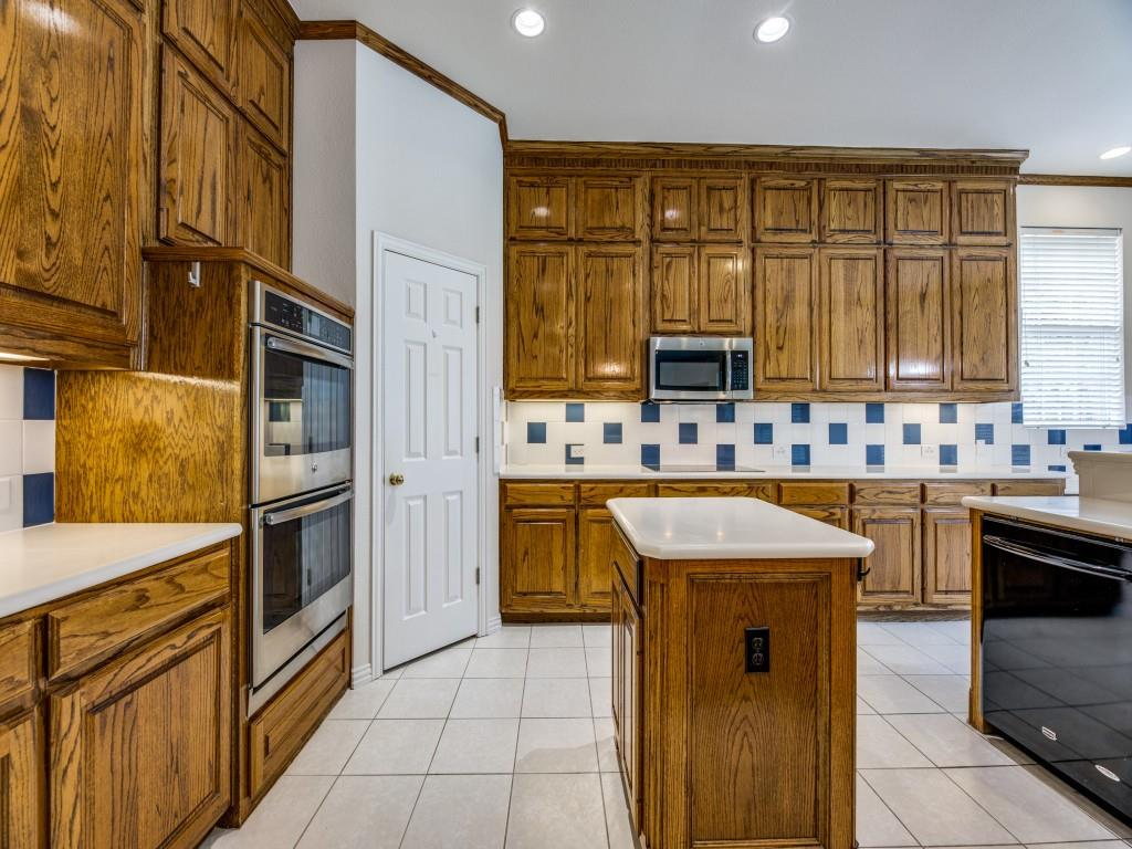 3708 Brookfield  Drive, Plano, Texas 75025 - acquisto real estate best real estate company to work for