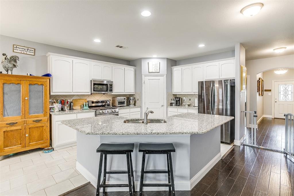 11317 Denet Creek  Lane, Fort Worth, Texas 76108 - acquisto real estate best highland park realtor amy gasperini fast real estate service