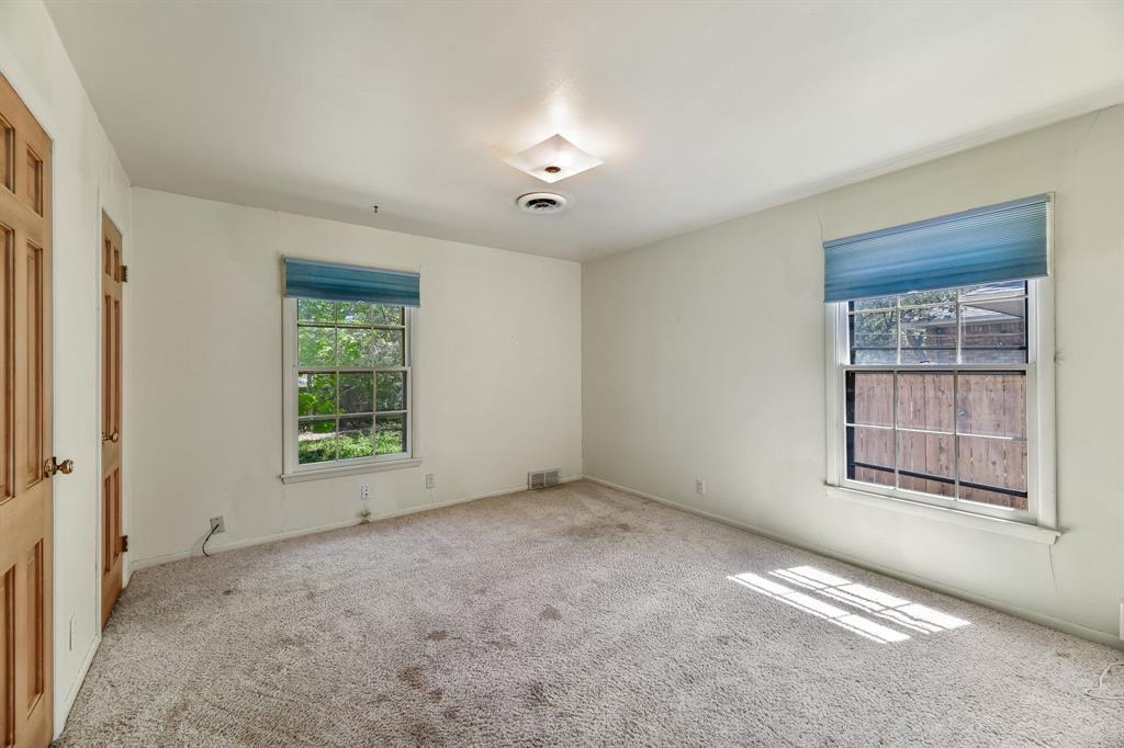 2428 Oakridge Street, Denton, Texas 76209 - acquisto real estate best frisco real estate broker in texas for high net worth buyers