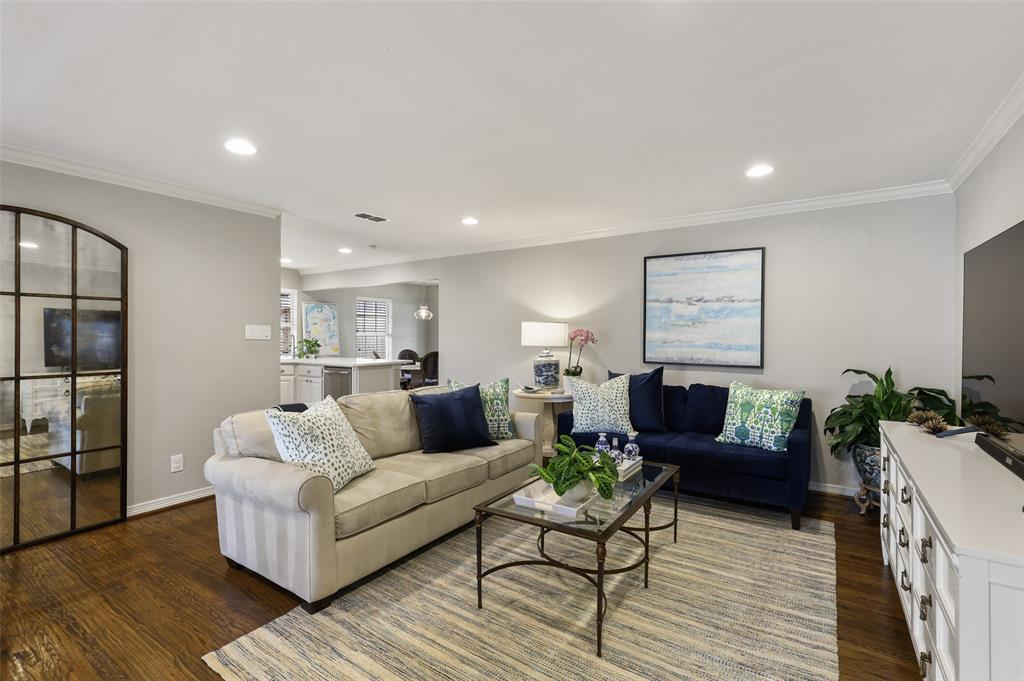 6843 La Vista  Drive, Dallas, Texas 75214 - acquisto real estate best flower mound realtor jody daley lake highalands agent of the year