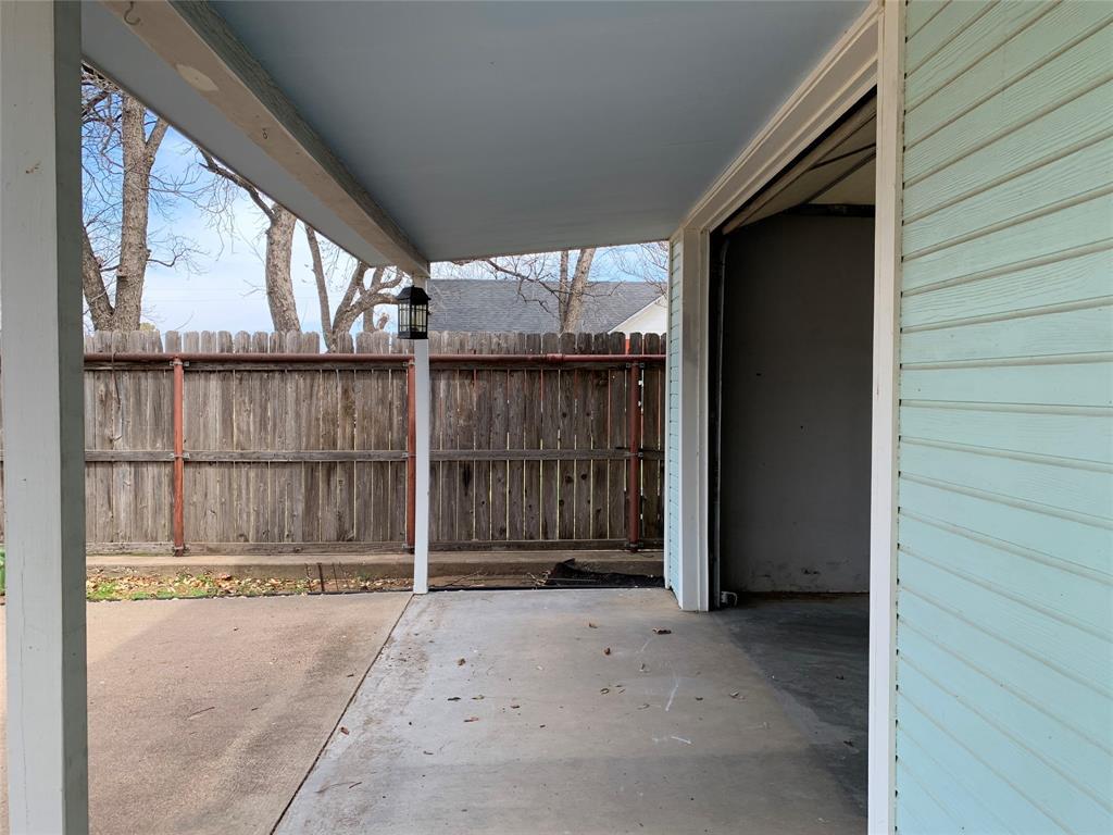 805 Virginia Street, Graham, Texas 76450 - acquisto real estate best frisco real estate agent amy gasperini panther creek realtor
