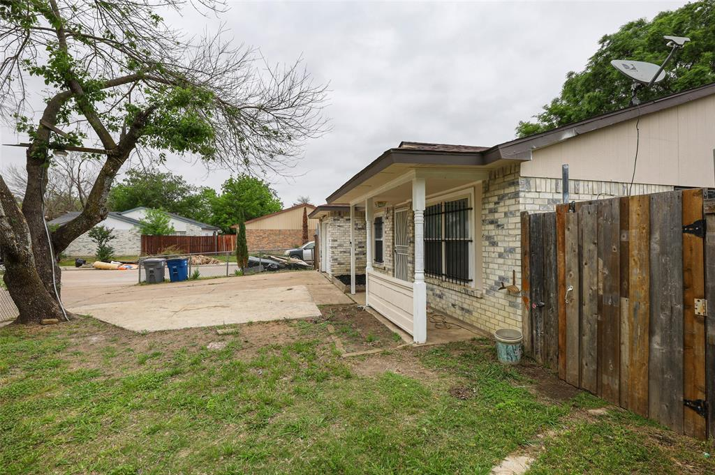 9420 Kerrville  Street, Dallas, Texas 75227 - acquisto real estate best frisco real estate agent amy gasperini panther creek realtor