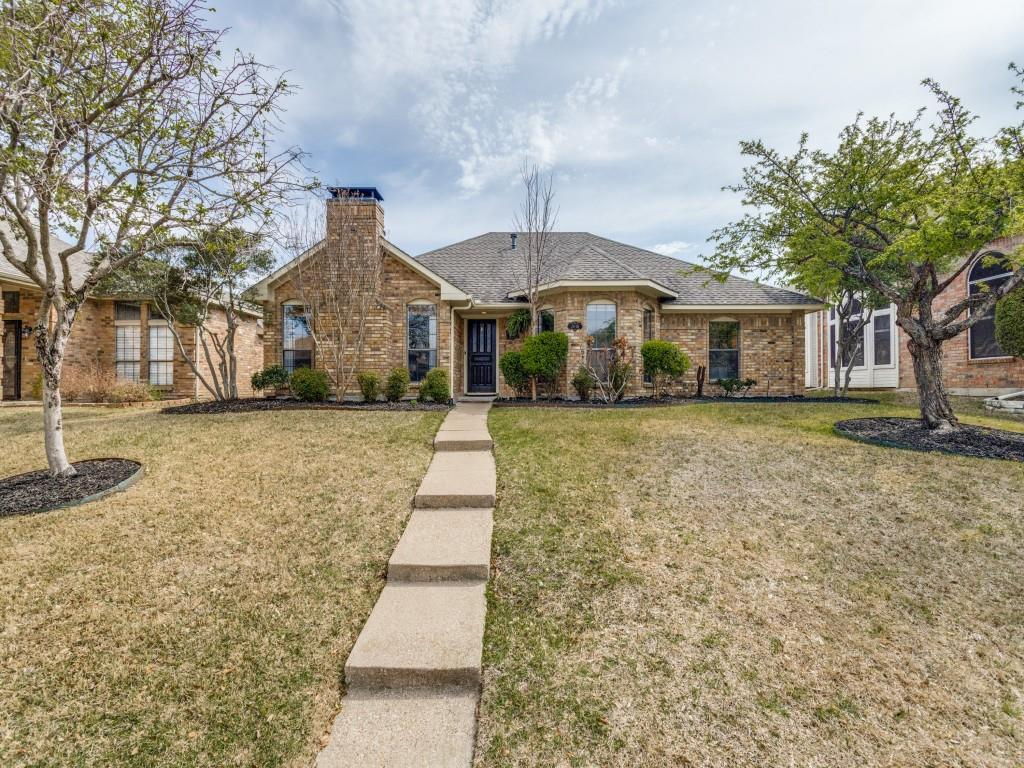 2038 Greenstone  Trail, Carrollton, Texas 75010 - Acquisto Real Estate best plano realtor mike Shepherd home owners association expert