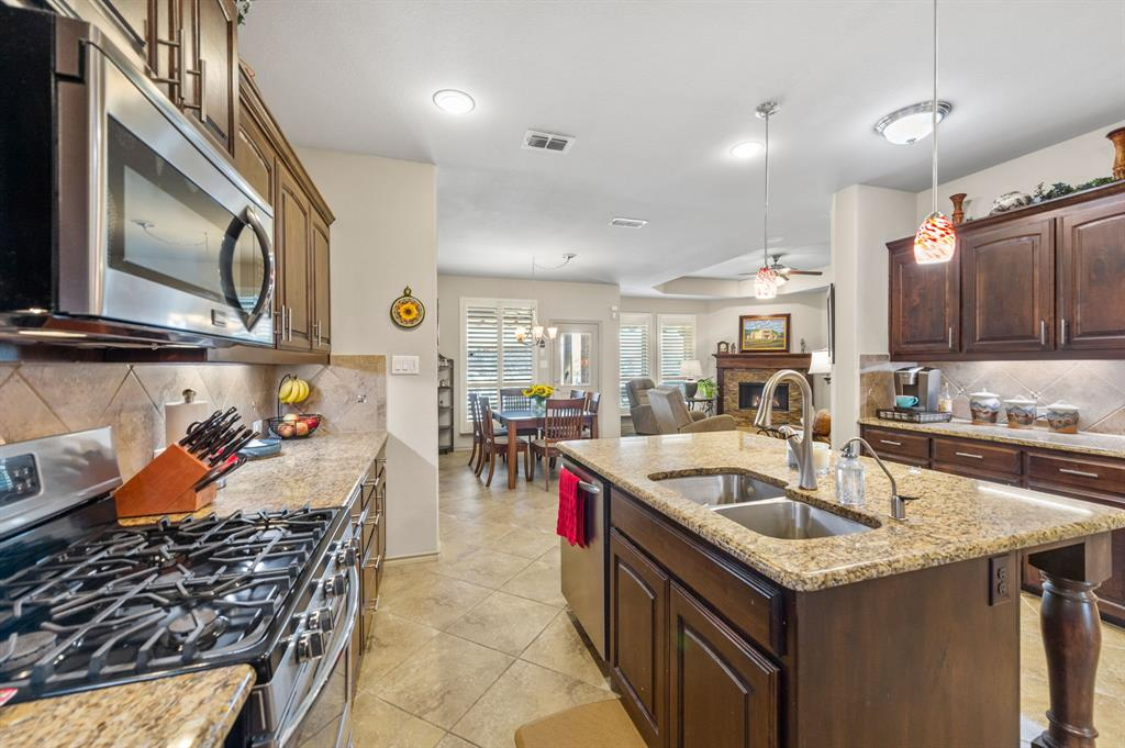 200 Oakmont Drive, Northlake, Texas 76226 - acquisto real estate best real estate company in frisco texas real estate showings