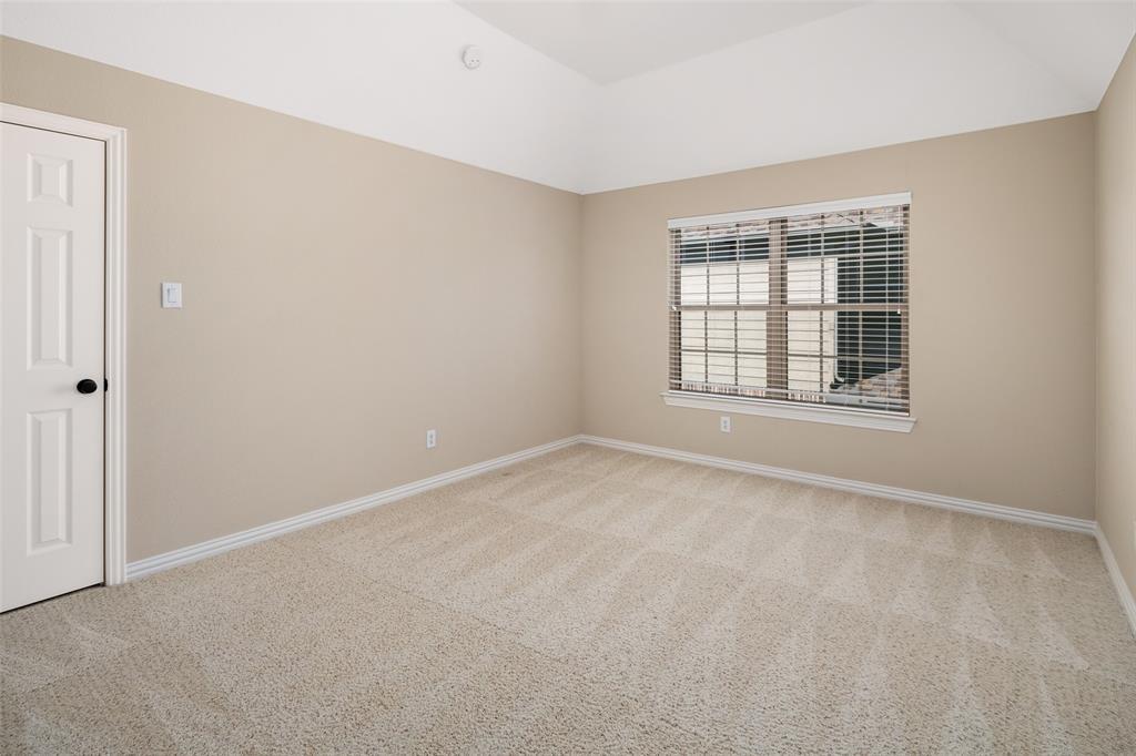 935 Pine Burst  Drive, Allen, Texas 75013 - acquisto real estate best realtor foreclosure real estate mike shepeherd walnut grove realtor