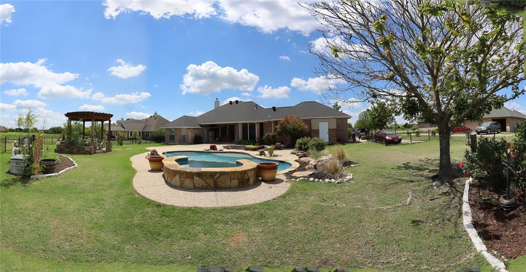 10188 Dennehy  Drive, Talty, Texas 75126 - acquisto real estate mvp award real estate logan lawrence