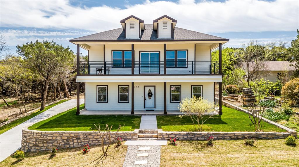 719 Rock Harbor Court, Granbury, Texas 76048 - Acquisto Real Estate best plano realtor mike Shepherd home owners association expert