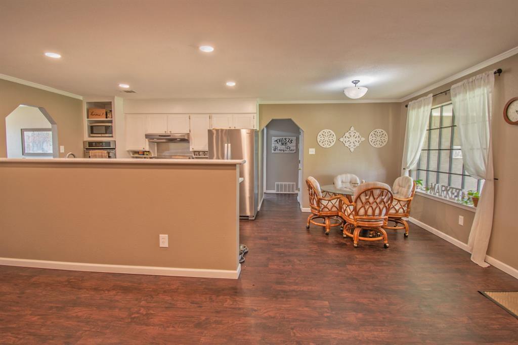 104 Oak Lane, Burleson, Texas 76028 - acquisto real estate best real estate company in frisco texas real estate showings