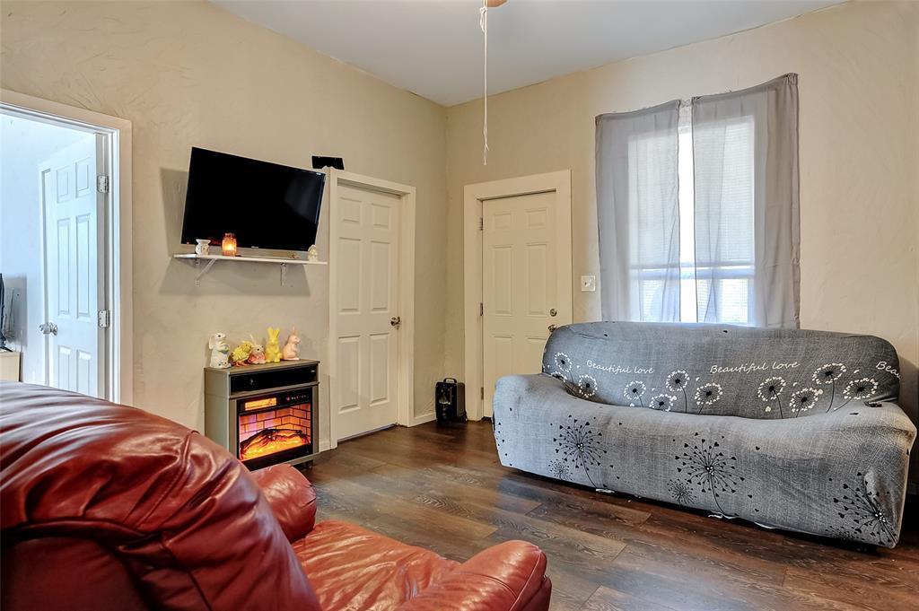 710 Scullin Avenue, Denison, Texas 75020 - acquisto real estate best listing listing agent in texas shana acquisto rich person realtor