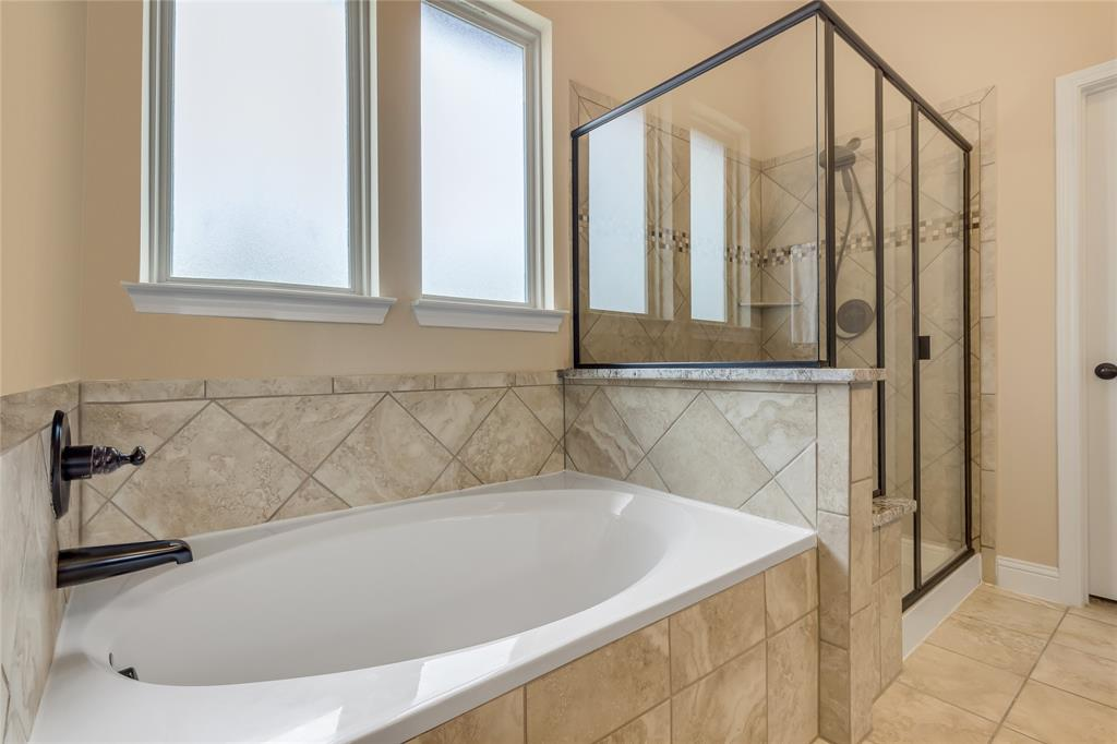 5221 Sutton  Circle, McKinney, Texas 75070 - acquisto real estate best style realtor kim miller best real estate reviews dfw