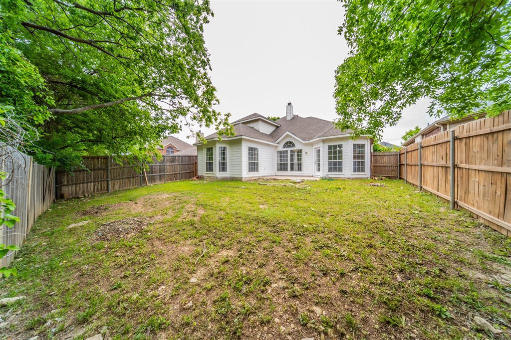 5958 Portridge  Drive, Fort Worth, Texas 76135 - acquisto real estate best frisco real estate agent amy gasperini panther creek realtor