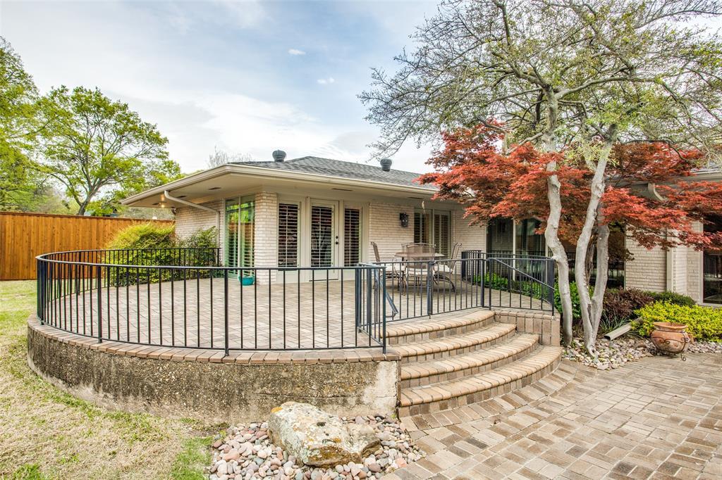 11256 Russwood Circle, Dallas, Texas 75229 - acquisto real estate best realtor dfw jody daley liberty high school realtor