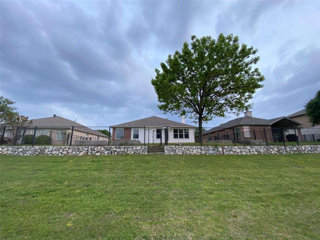2505 Loon Lake  Road, Denton, Texas 76210 - acquisto real estate agent of the year mike shepherd