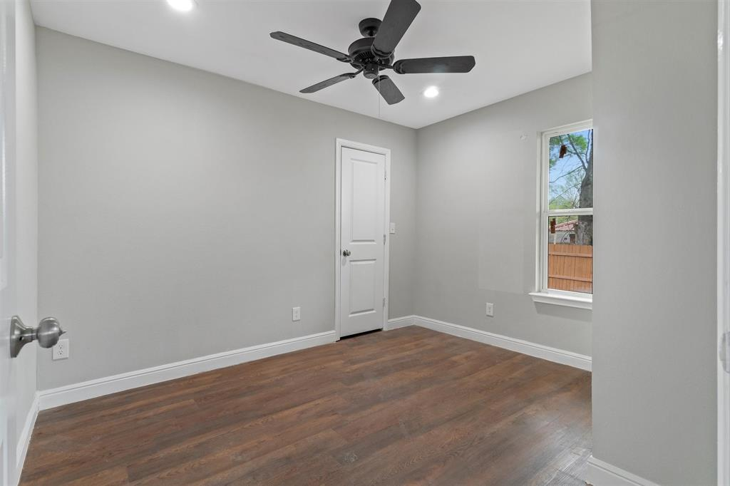 208 Elm  Street, Kemp, Texas 75143 - acquisto real estate best frisco real estate broker in texas for high net worth buyers