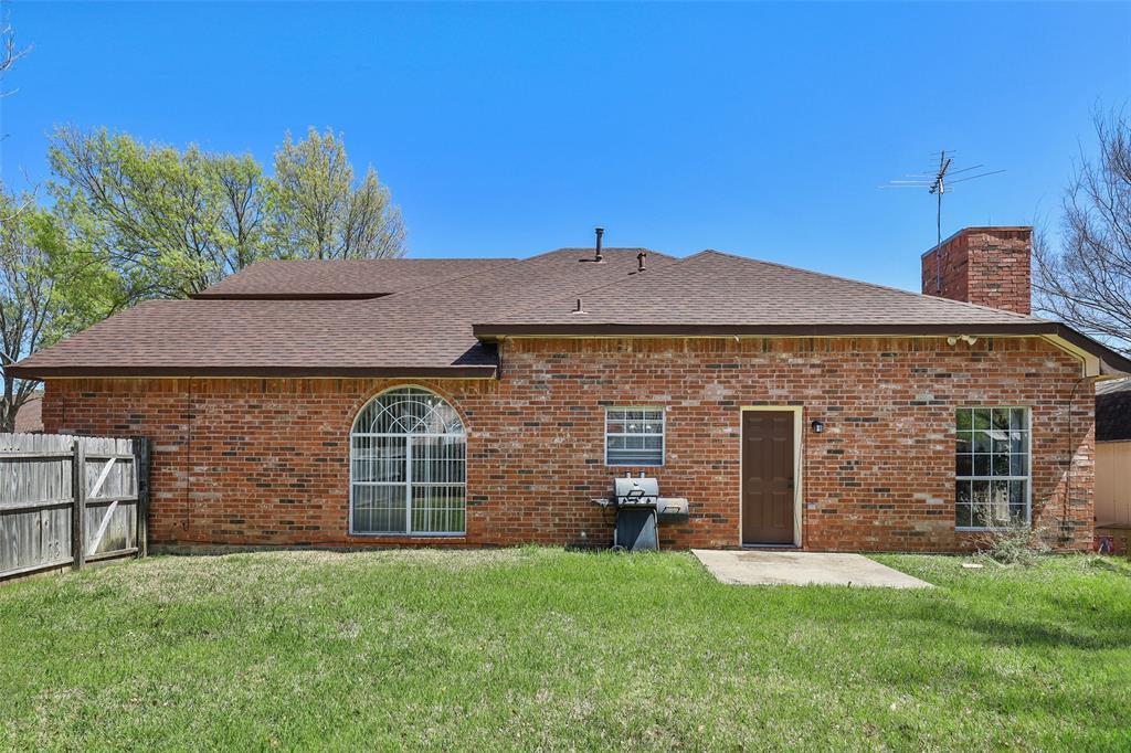 604 Austin Drive, DeSoto, Texas 75115 - acquisto real estate best realtor dfw jody daley liberty high school realtor