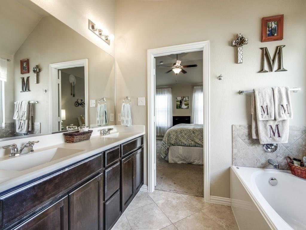 1305 Hudson Lane, Prosper, Texas 75078 - acquisto real estate best listing agent in the nation shana acquisto estate realtor