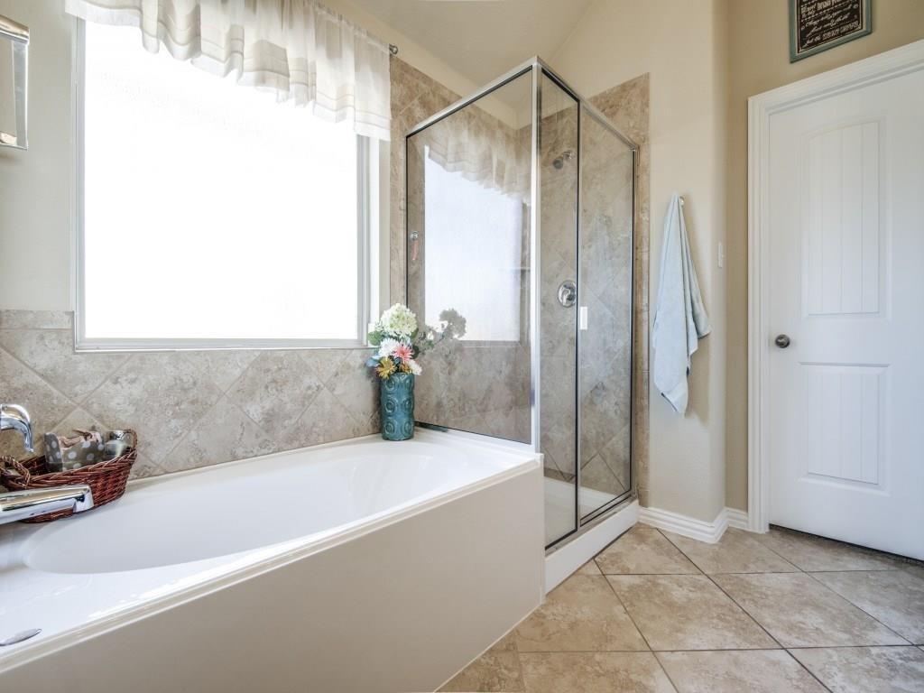 1305 Hudson Lane, Prosper, Texas 75078 - acquisto real estate best new home sales realtor linda miller executor real estate