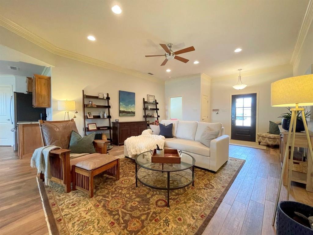 857 Great Waters Drive, Abilene, Texas 79602 - acquisto real estate best prosper realtor susan cancemi windfarms realtor