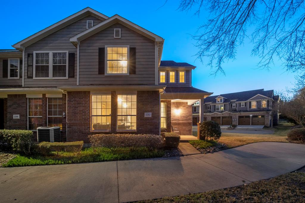 2212 Stoneleigh Place, McKinney, Texas 75071 - Acquisto Real Estate best plano realtor mike Shepherd home owners association expert