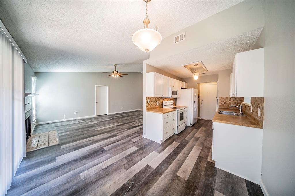 6230 Fernwood  Drive, Arlington, Texas 76001 - acquisto real estate best allen realtor kim miller hunters creek expert