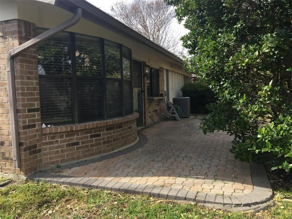2305 Sage  Lane, Bedford, Texas 76021 - acquisto real estate best real estate company in frisco texas real estate showings