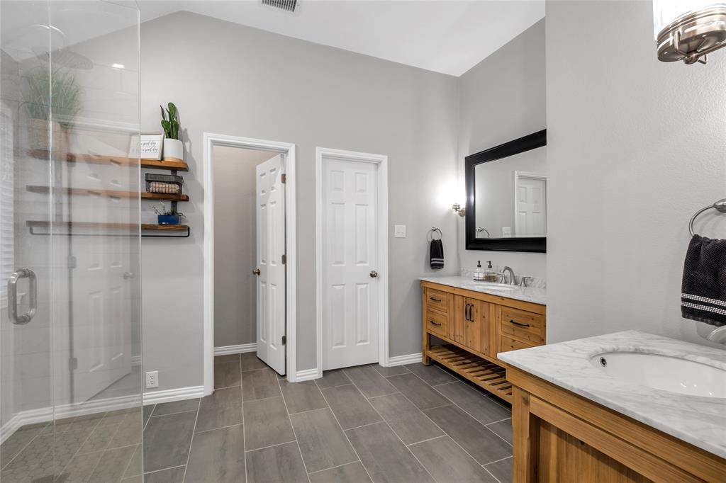 2434 Campfire  Lane, Frisco, Texas 75033 - acquisto real estate best park cities realtor kim miller best staging agent