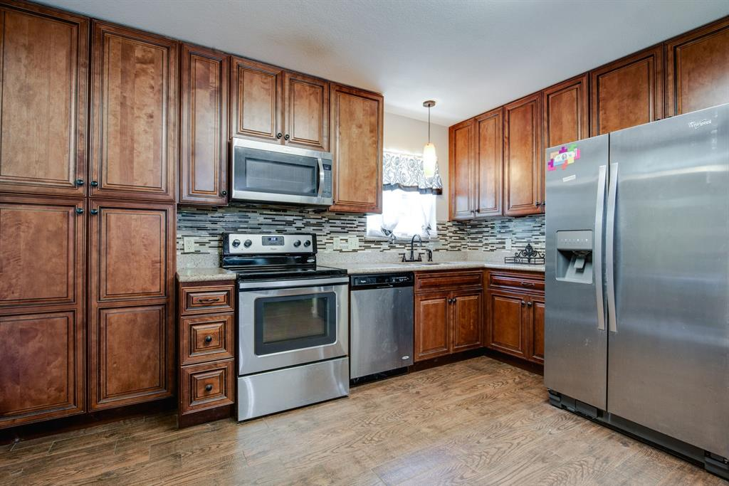 929 Ford  Street, Denison, Texas 75020 - acquisto real estate best listing agent in the nation shana acquisto estate realtor