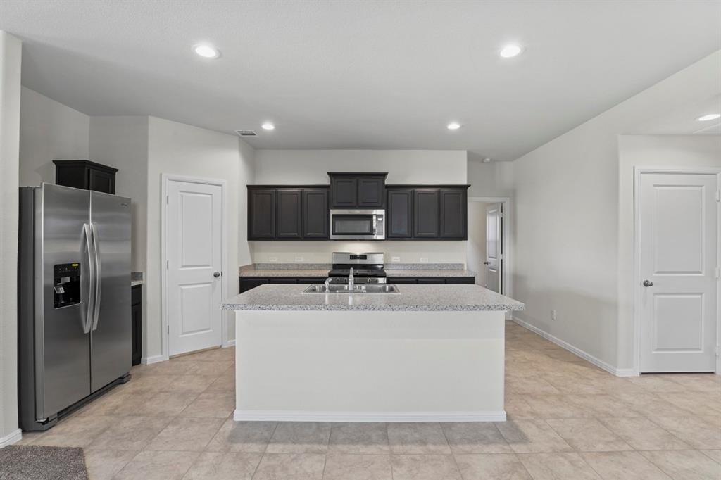 9340 HERRINGBONE  Drive, Fort Worth, Texas 76131 - acquisto real estate best the colony realtor linda miller the bridges real estate
