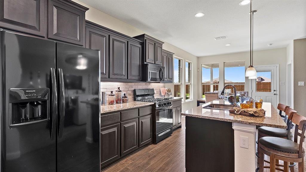 11537 MILLTOWN Drive, Fort Worth, Texas 76052 - acquisto real estate best allen realtor kim miller hunters creek expert