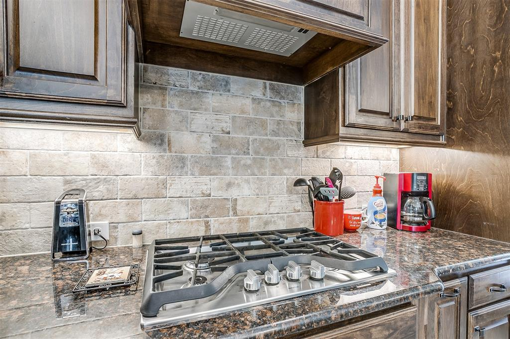 944 Merion Drive, Fort Worth, Texas 76028 - acquisto real estate best realtor dallas texas linda miller agent for cultural buyers