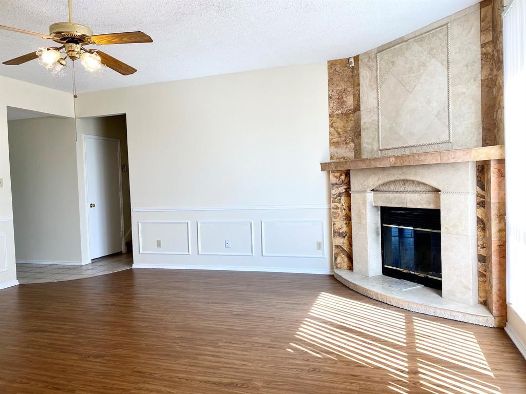 8804 Crestbrook Drive, Fort Worth, Texas 76179 - acquisto real estate best prosper realtor susan cancemi windfarms realtor