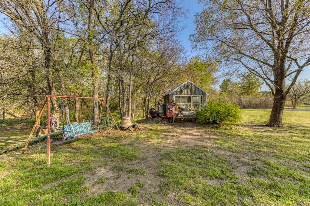 890 Tanglewood Drive, Brock, Texas 76087 - acquisto real estate best looking realtor in america shana acquisto