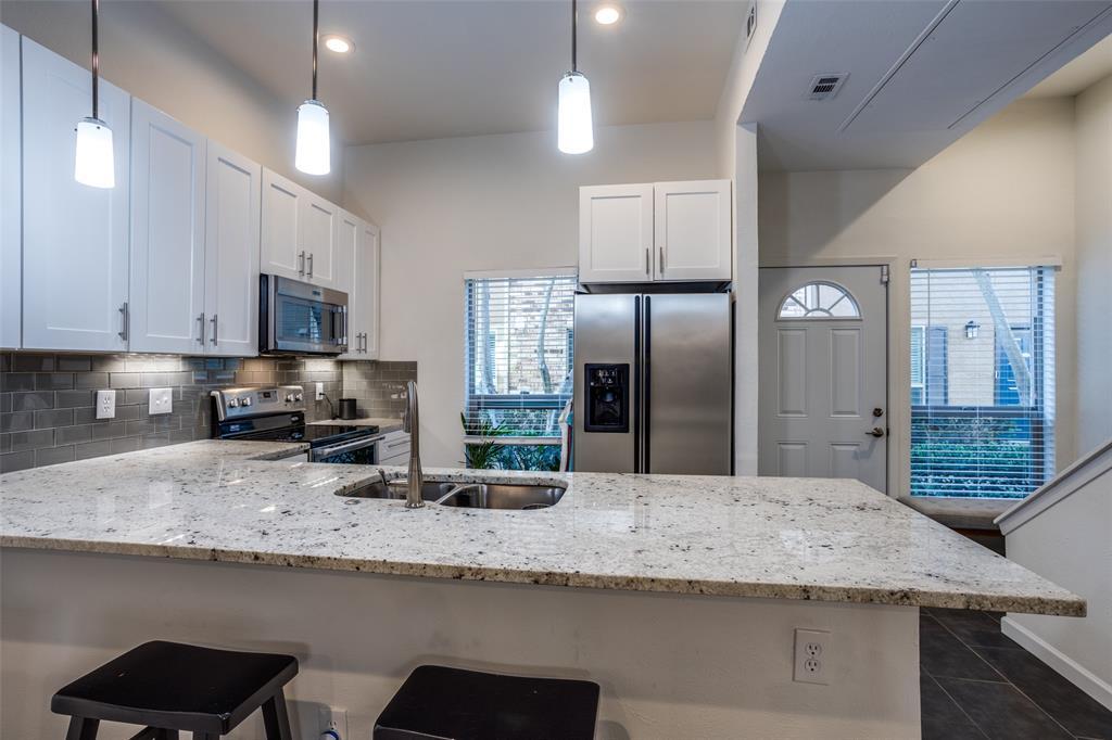 4025 Holland Avenue, Dallas, Texas 75219 - acquisto real estate best highland park realtor amy gasperini fast real estate service