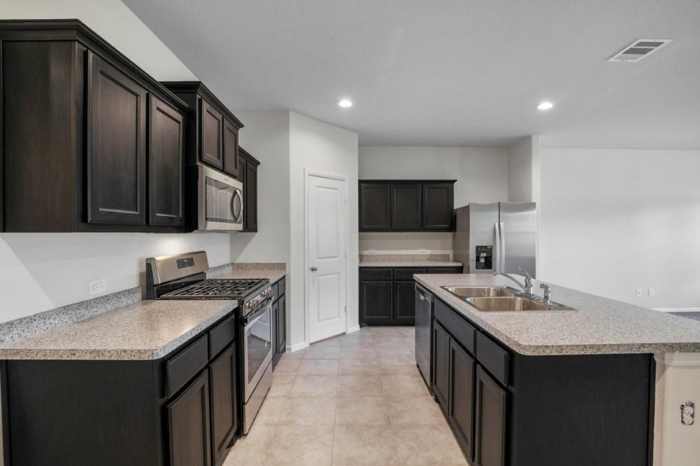9352 HERRINGBONE Drive, Fort Worth, Texas 76131 - acquisto real estate best prosper realtor susan cancemi windfarms realtor