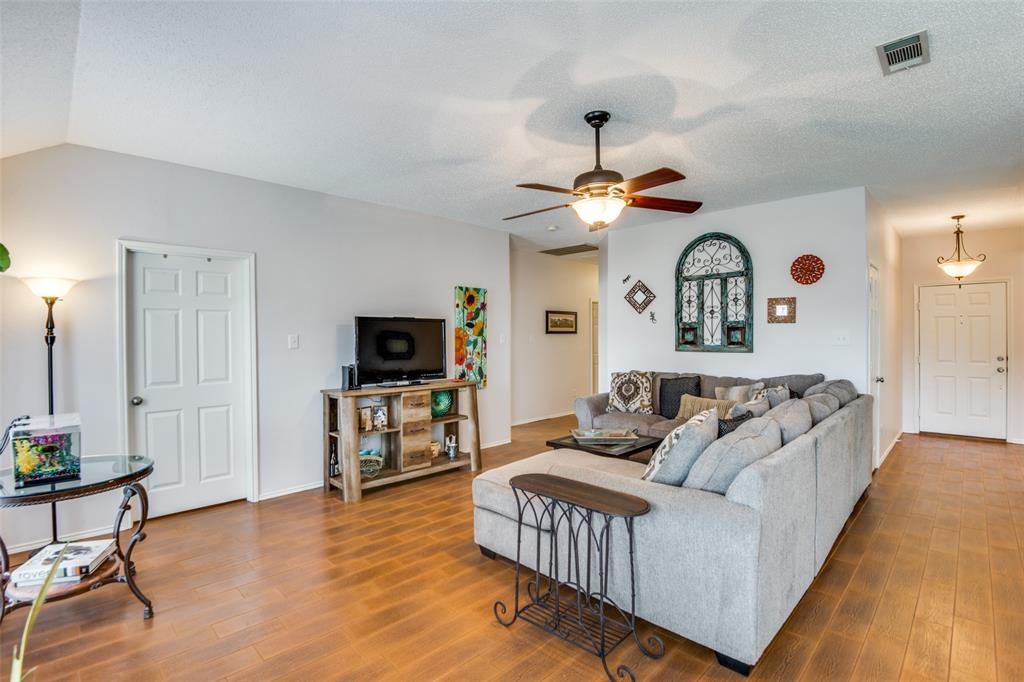 10020 Queens  Road, Frisco, Texas 75035 - acquisto real estate best celina realtor logan lawrence best dressed realtor