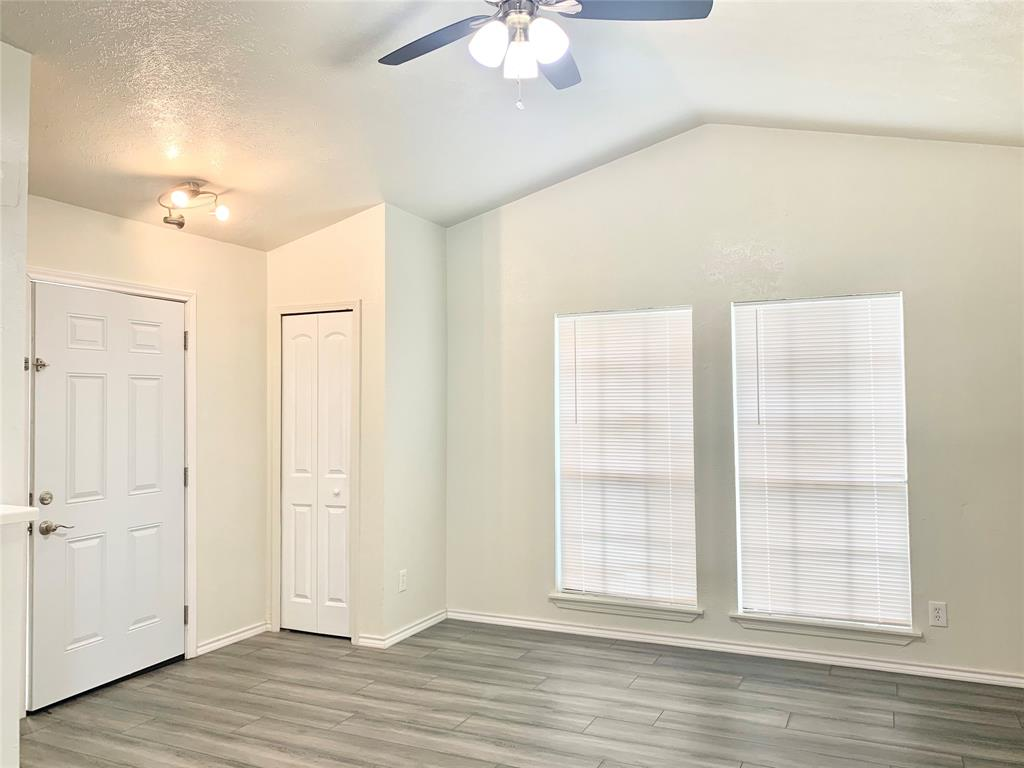 312 Navarro  Lane, Grand Prairie, Texas 75052 - acquisto real estate best the colony realtor linda miller the bridges real estate