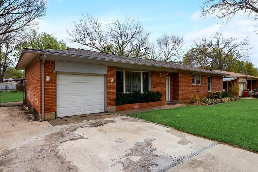424 Hurstview Drive, Hurst, Texas 76053 - acquisto real estate best the colony realtor linda miller the bridges real estate