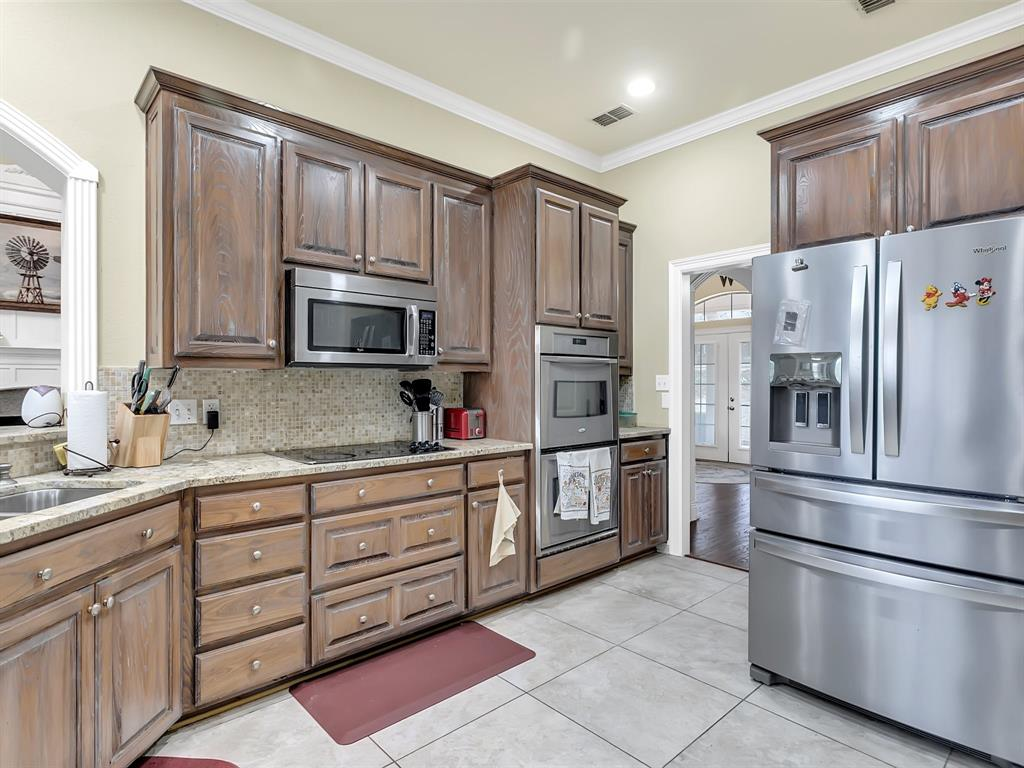 22 Whispering Oaks Drive, Denison, Texas 75020 - acquisto real estate best highland park realtor amy gasperini fast real estate service