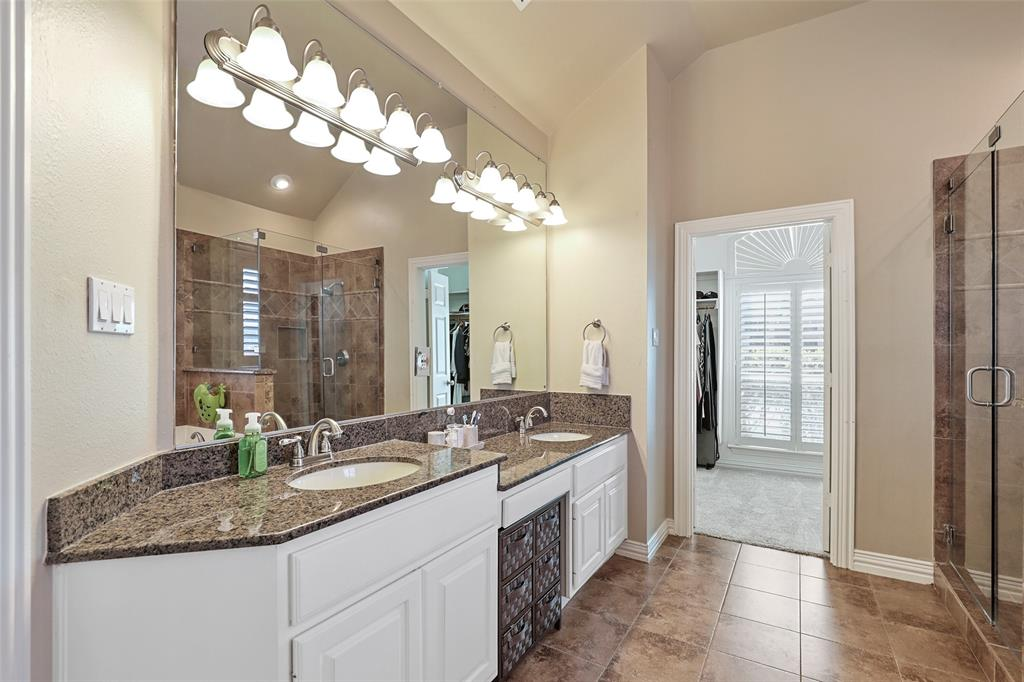 3828 Peppertree  Drive, Carrollton, Texas 75007 - acquisto real estate best photos for luxury listings amy gasperini quick sale real estate