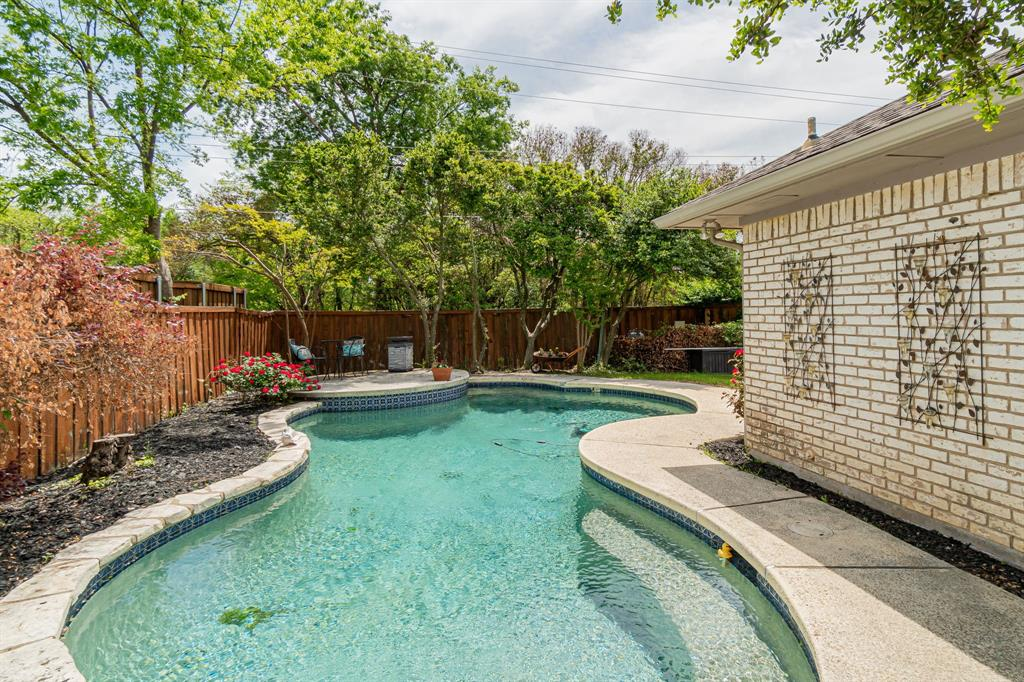 6802 Duffield  Drive, Dallas, Texas 75248 - acquisto real estate best flower mound realtor jody daley lake highalands agent of the year