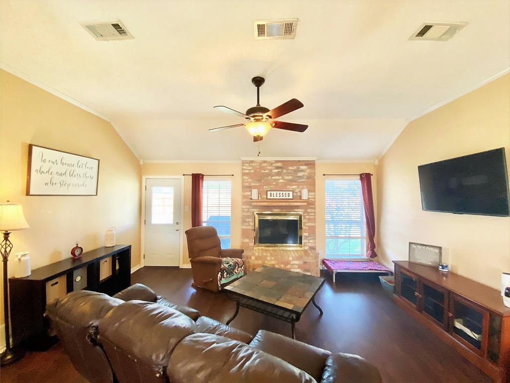 3351 Ashley Circle, Denton, Texas 76207 - acquisto real estate best the colony realtor linda miller the bridges real estate
