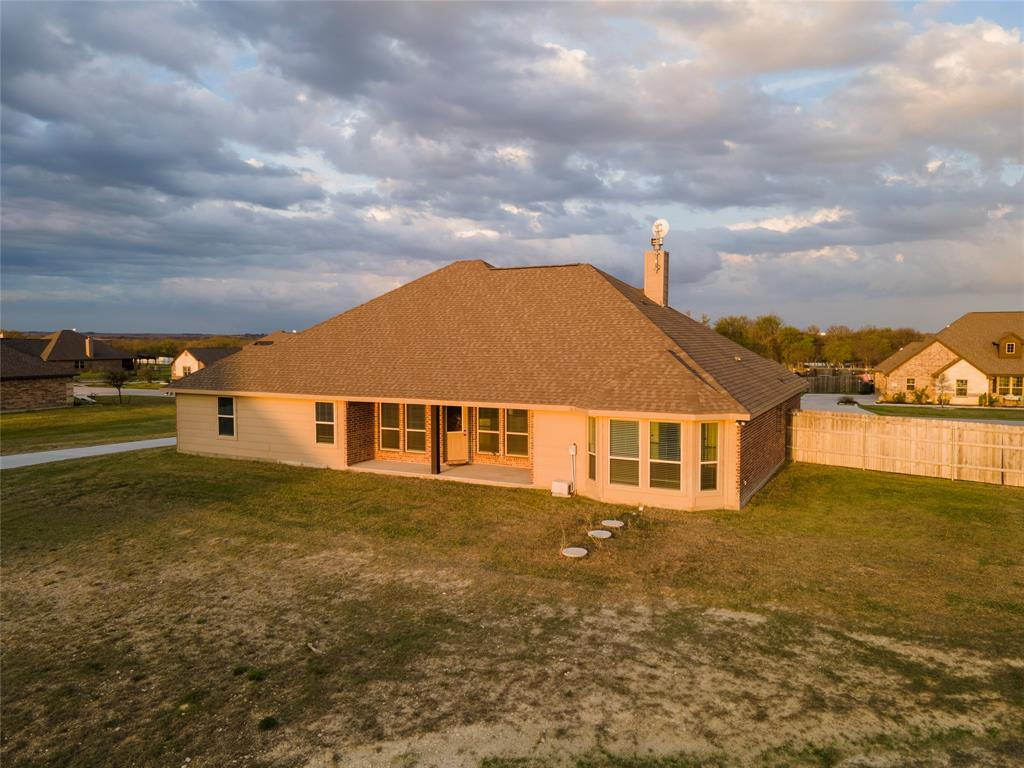 121 High Vista Road, Decatur, Texas 76234 - acquisto real estate agent of the year mike shepherd