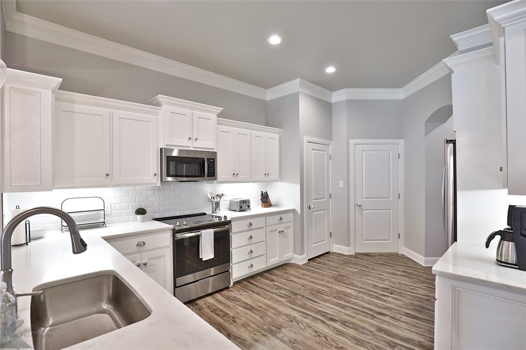 5750 Legacy  Drive, Abilene, Texas 79606 - acquisto real estate best listing agent in the nation shana acquisto estate realtor